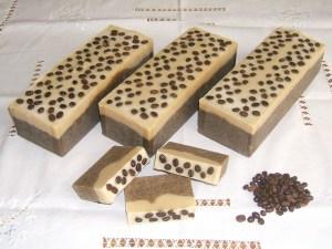 Toque de Seda, nova aposta da Bela Luz de sabonetes 100% naturais cold process com óleos essenciais